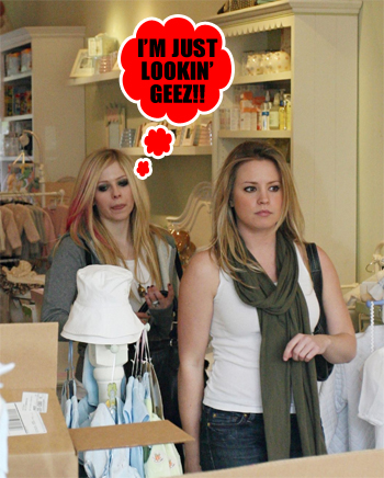 AVRIL SHOPPIN' FOR BABY STUFF!! Canadian prego singer, Avril Lavigne was