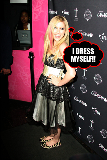 "Avril Lavigne showed why she's so very ""unique"" last night on the red carpet"